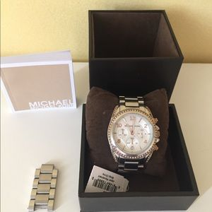 MICHAEL KORS silver/rose gold watch - EUC in box